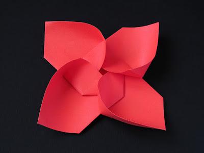 Origami, vista 2, Girandola modulare, variante - Modular Pinwheel, variante by Francesco Guarnieri