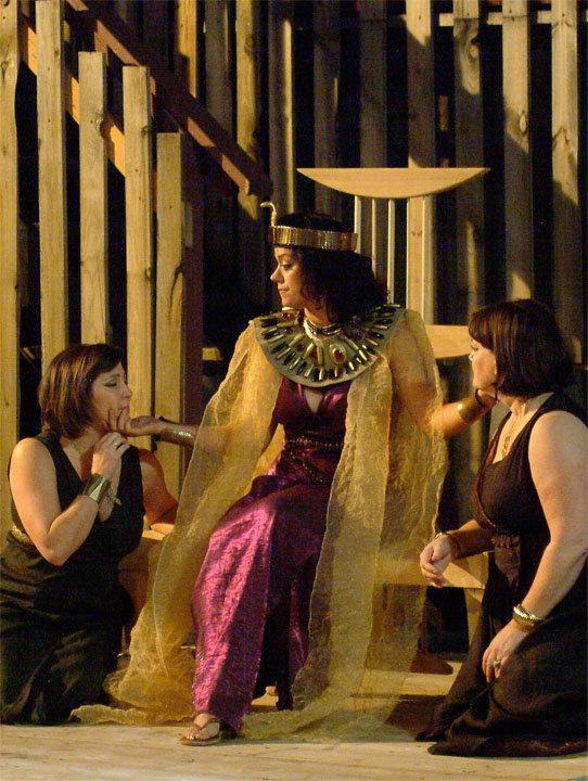 antony and cleopatra relationship shakespeare