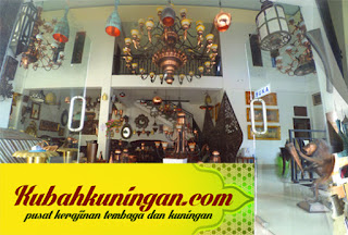 kerajinan kuningan di juwana, kerajinan patung tembaga, kerajinan perhiasan tembaga, jual kerajinan tembaga perak kuningan, pusat kerajinan tembaga, pusat kerajinan tembaga dan kuningan, pengertian kerajinan tembaga, seni kerajinan tembaga yang paling terkenal berasal dari, produk kerajinan tembaga, pusat kerajinan tembaga kuningan,