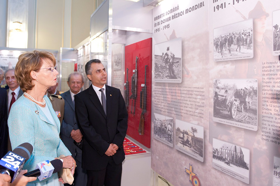 took part in the foyer of the Senate plenary, the exhibition is dedicated to the celebration of the 70th anniversary of the liberation struggles of the national territory