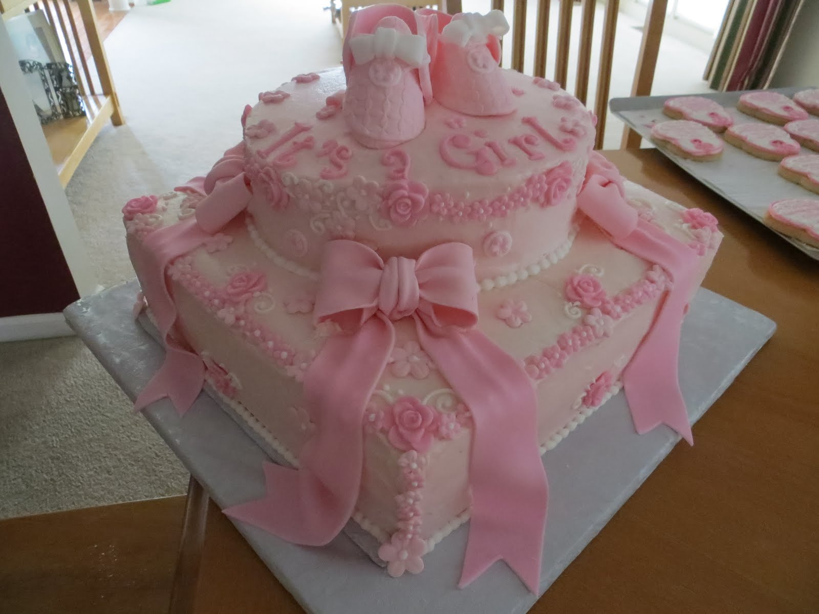 Cakes And More Baby Shower Cake It S A Girl