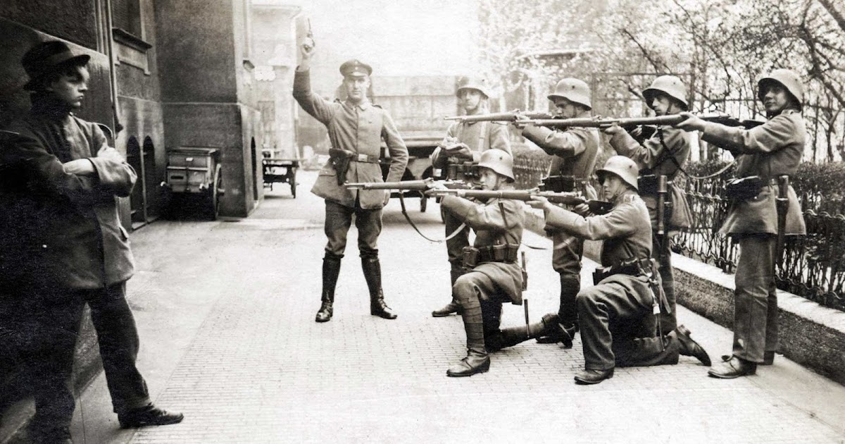Staged or Not? Picture of an Execution of a German Communist in Munich, 1919