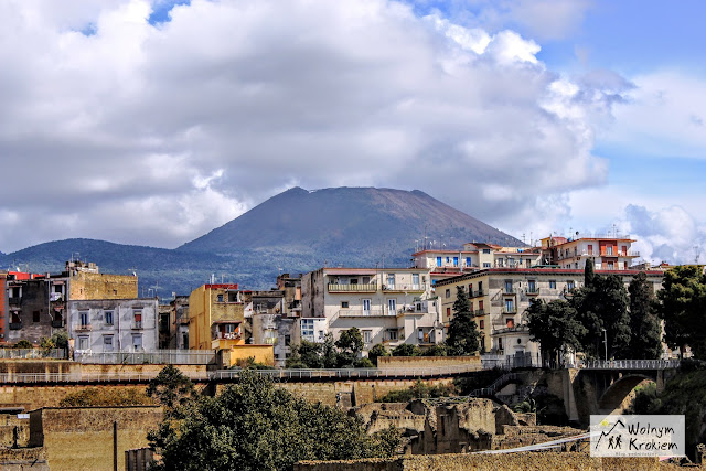Wulkan Wezuwiusz widok z Ercolano