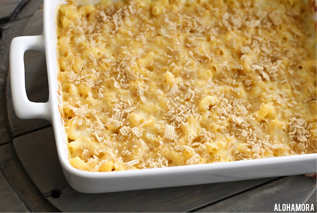 Baked 3 Cheese Macaroni and Cheese- easily gluten free using everyday ingredients. Kid friendly dinner and loved by adults. Everyone loves this homemade comfort food.  Amazing easy to make recipe in under an hour.  Vegetarian, gluten free, simple. Weeknight meal. Fast. Family meal at its best. Alohamora Open a Book http://alohamoraopenabook.blogspot.com/