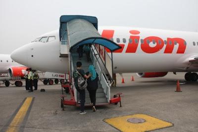 pengalaman naik pesawat