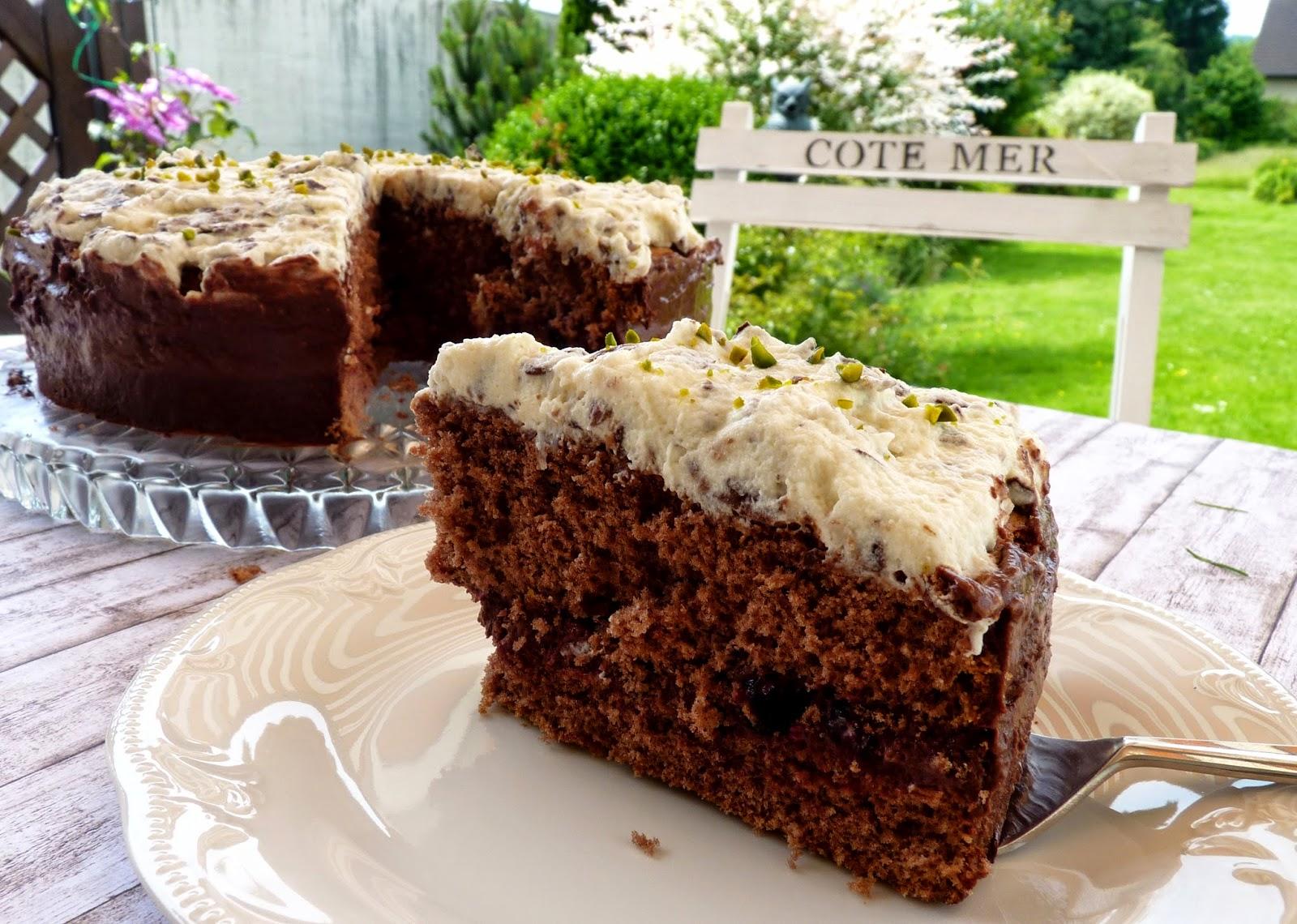 http://vieras-kitchen.blogspot.de/2014/06/kokos-schoko-traum-von-schokoladenfee.html
