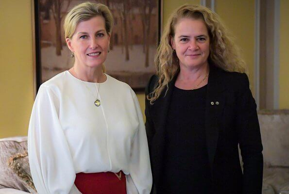 Countess of Wessex wore a embellished wool wrap skirt by Valentino. The Countess met the Governor General of Canada, Julie Payette
