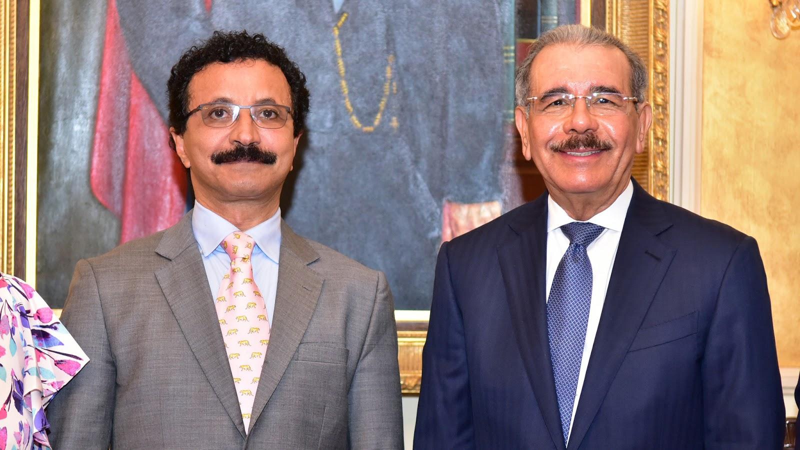 Sultán de Dubai visita al presidente Danilo Medina