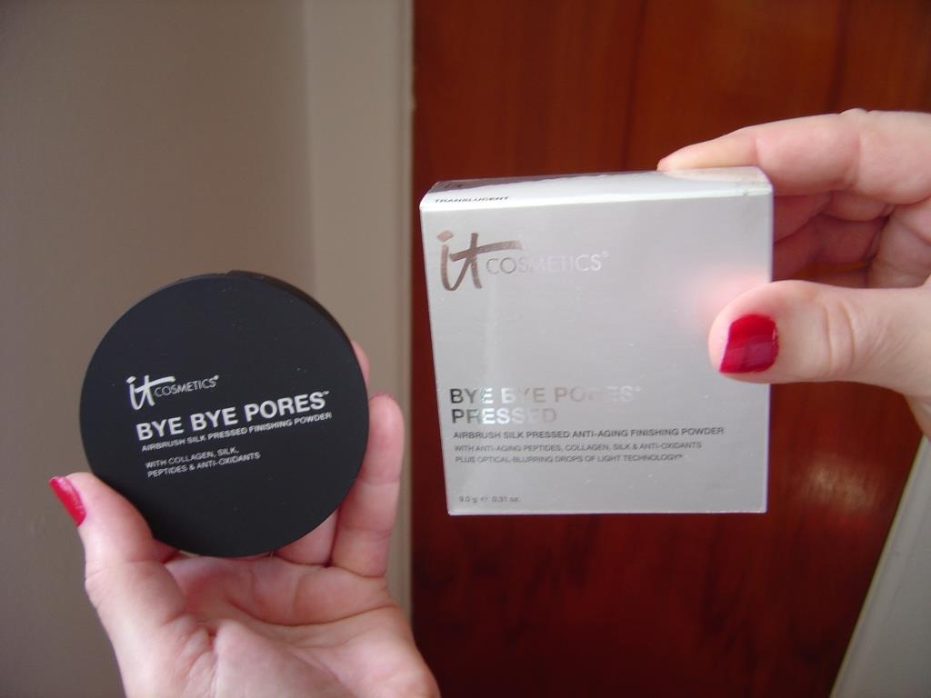 IT Cosmetics Bye Bye Pores Pressed Finishing Powder.jpeg