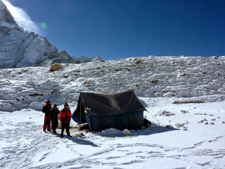 Return to Gorakshep in the snow - My 25 Photos Of The Everest Base Camp Trek