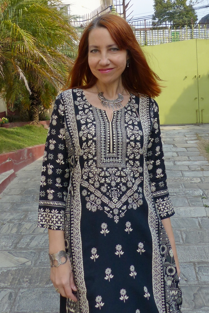 Ethnic printed tunic, ethnic necklace and bracelet