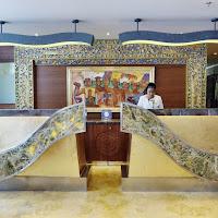 Sens Hotel Lobby