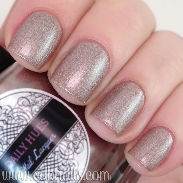 Daily Hues Nail Lacquer- In with the Nude