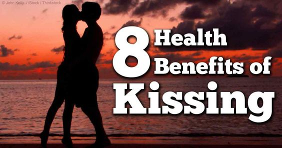 8 Reasons Why Kissing Is Healthy For You!