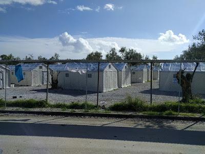 ギリシャ レスボス島 難民キャンプ
