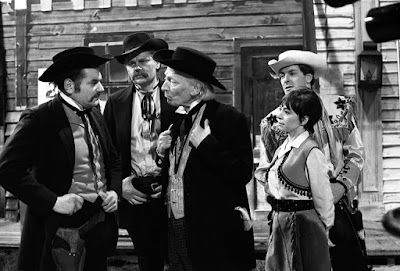 The Doctor, Steven and Dodo in Doctor Who: The Gunfighters