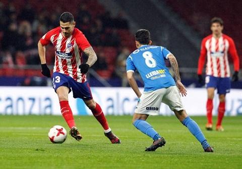 Vitolo (trái) đã tỏa sáng ngay trong trận đầu tiên phục vụ cho Atletico đối mặt với Lleida.