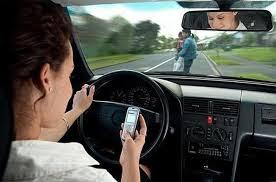 Usar celular ao volante pode render multa de quase 300 reais a partir de novembro