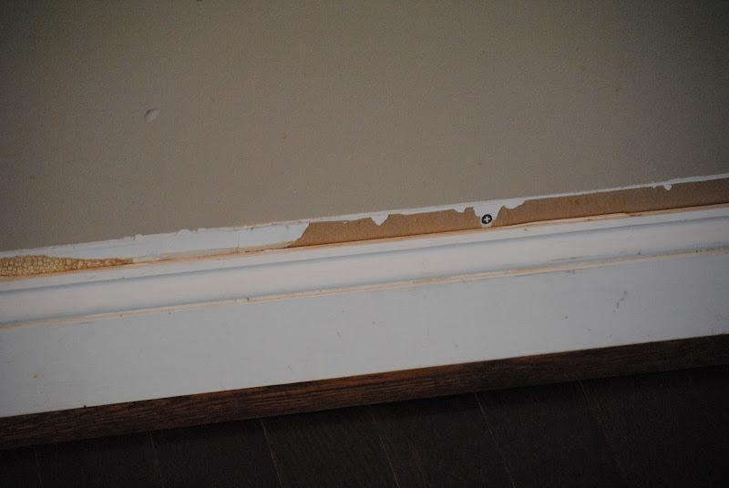 fixing baseboard moulding