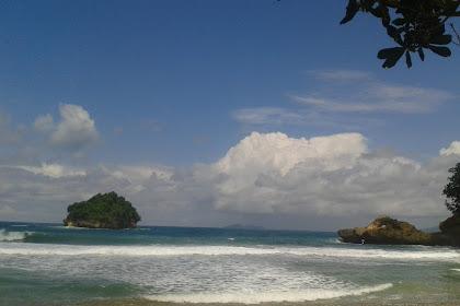 Pantai Sioro (Cantiknya Pantai Kecil Tulungagung Selatan)