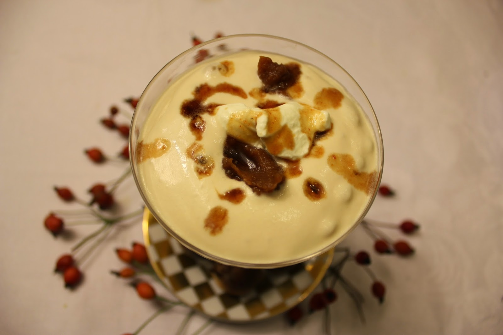 organic syllabub cup with wild fruits