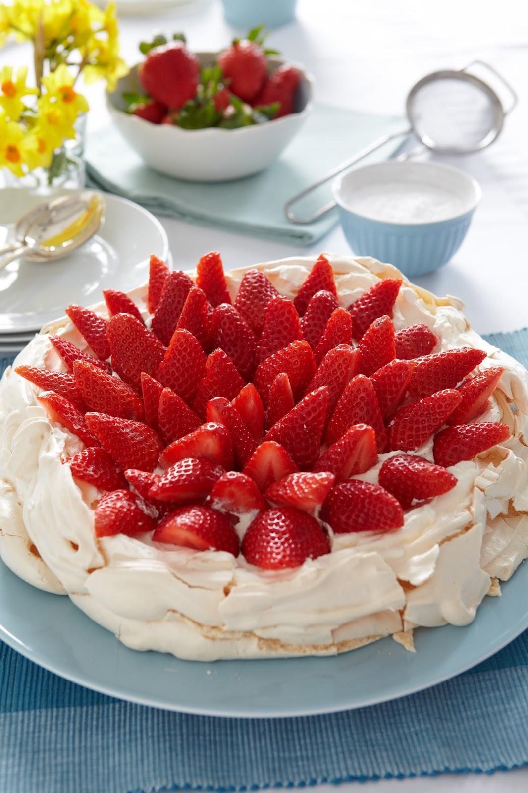 BerryWorld Strawberry Pavlova Large Nest Recipe