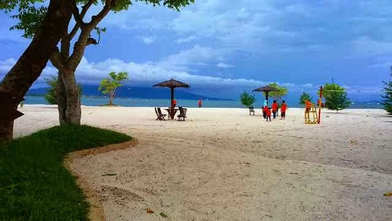 Pantai Grand Elty Krakatoa