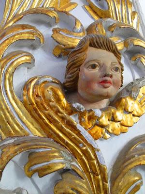 Anjo entalhado em madeira, Capela de São Roque