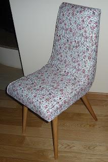 odnowione krzesło patyczk