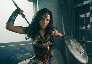 wonder woman: nuevos posters IMAX de personajes