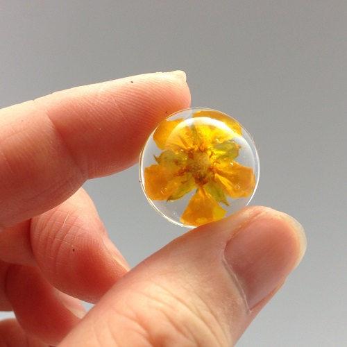 How To Make Real Flower Resin Jewelry The Beading Gem S