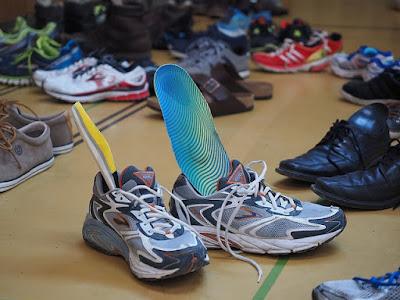 teknologi sol sepatu basmi bau kaki