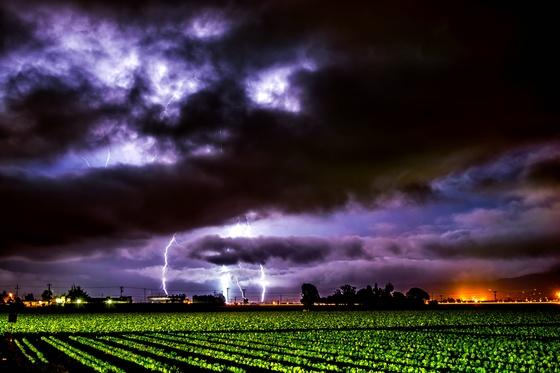 Lightning, thunder, storm