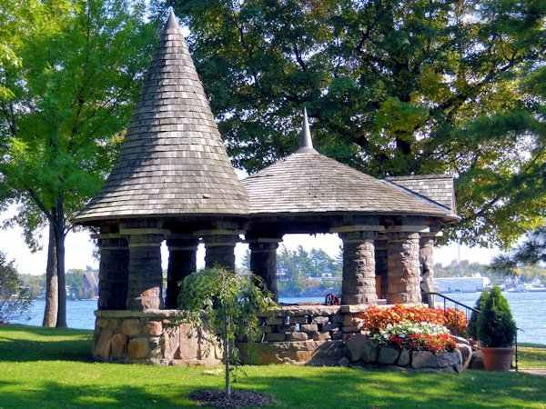 once youre on the grounds you cant quite grasp that there are people that actually live in houses like this boldt castle is so large that my camera