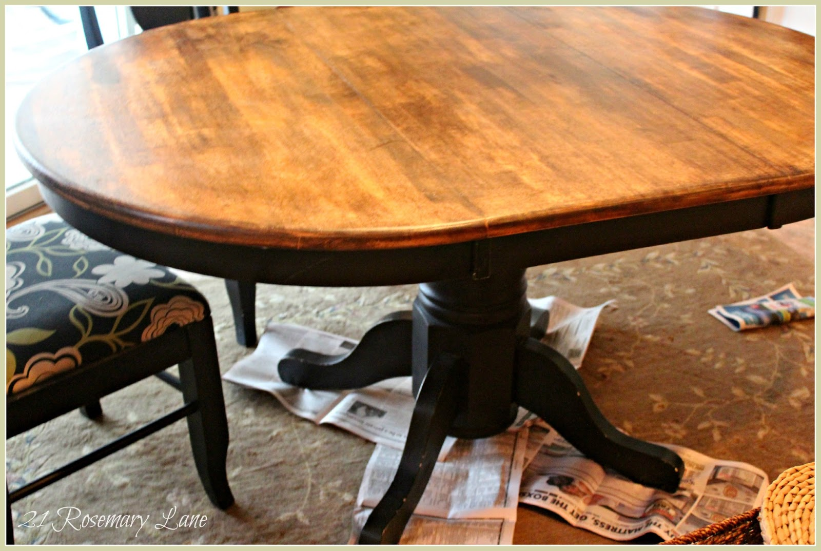 21 rosemary lane freshened up kitchen table and chairs. Black Bedroom Furniture Sets. Home Design Ideas