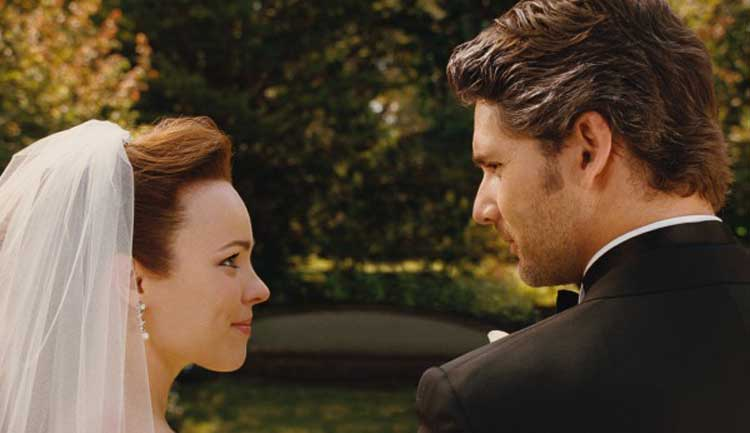 Rachel McAdams and Eric Bana tie the knot in The Time Traveler's Wife.