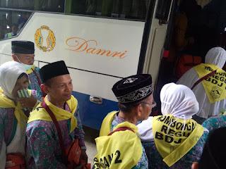 10 Bus Angkut Kloter 06 BDJ Menuju Bandara Syamsudin Noor