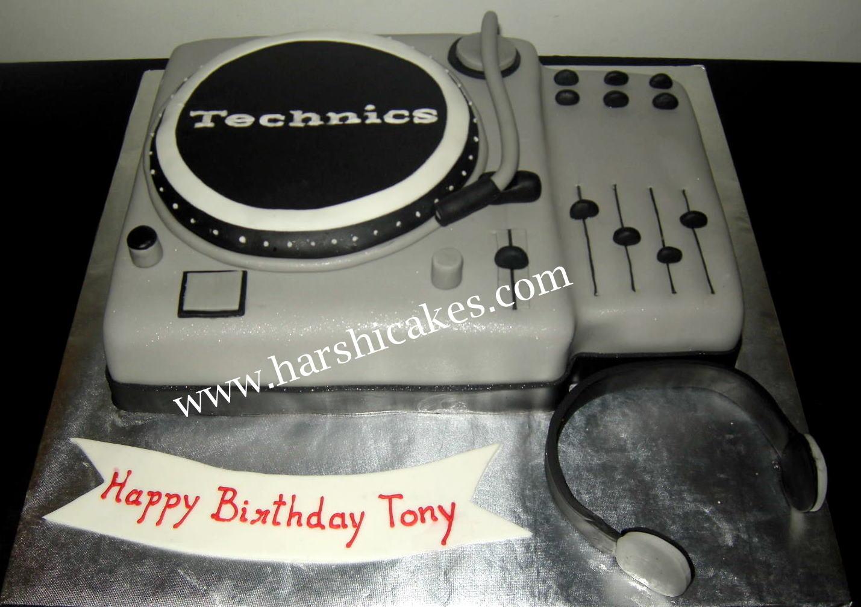 Harshi S Cakes Amp Bakes Dj Mixer Cake