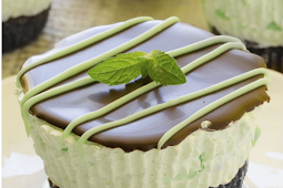 The Best Mini Mint Cheesecake #mintcheseecake #dessertrecipe