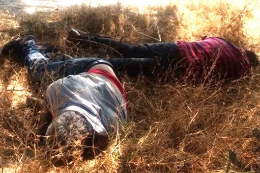 Ejecutan a dos hombres y abandonan sus cuerpos en Tilapa