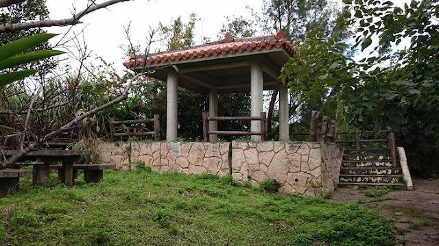 稲嶺農村公園の東屋の写真