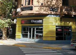 Bar Chacaíto Caribbean Food Station, en Buenos Aires. Fachada del Bar Chacaíto Caribbean Food Station, en Buenos Aires
