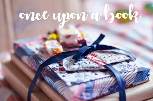 http://annabellew.blogspot.fr/2016/08/once-upon-book.html