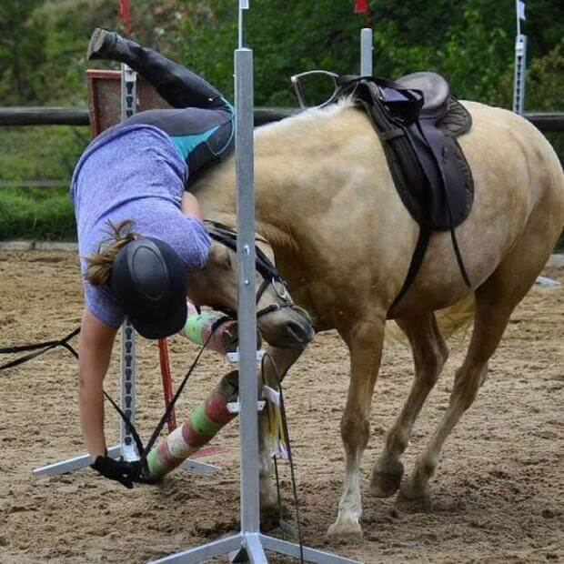 20 Pictures Of People Who Were Truly Unlucky - She must have enraged the horse, so he returned the favor!