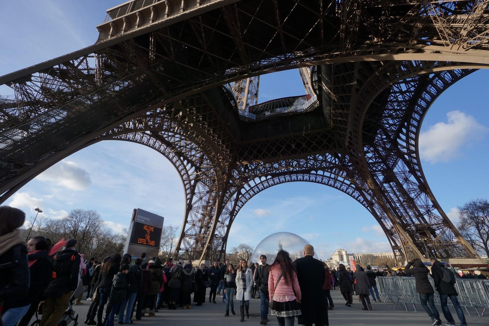エッフェル塔(La tour Eiffel)
