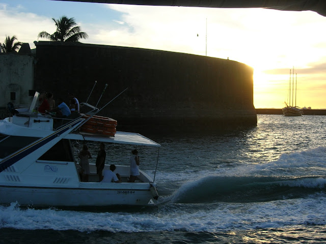 Passeio Barco Forte São Marcelo Ilha de Itaparica Bahia Brasil Baía de Todos os Santos