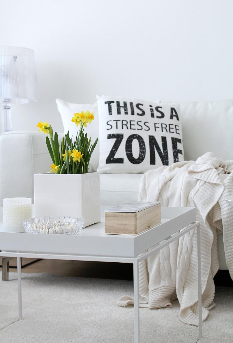 valkoinen olohuone
