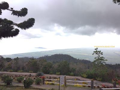 pemandangan dari gunung jerai