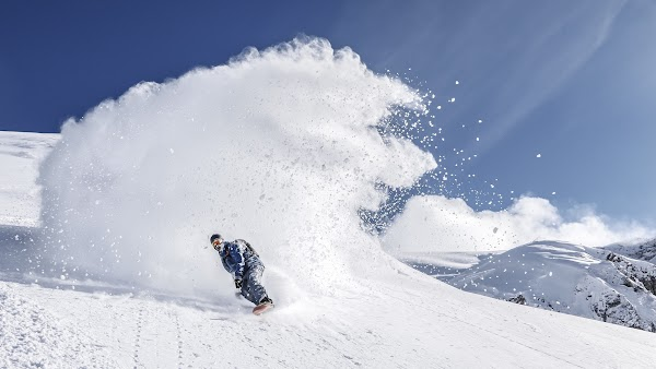 Snowboarding in Zurs, Austria