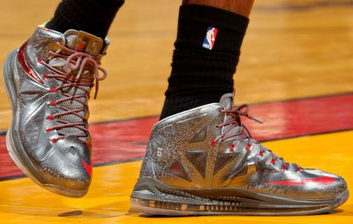 THE SNEAKER ADDICT: Nike LeBron X Silver/Red PE Sneaker ...